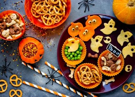SS-Toxic-Halloween-Food-Dogs-493126129